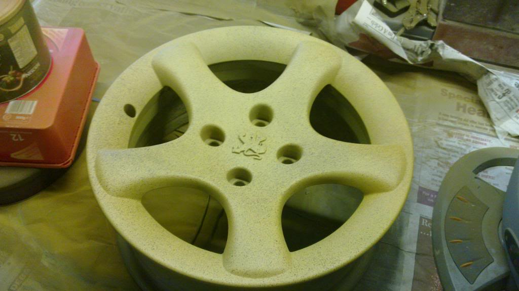 Guide: DIY Alloy Wheel Refurbishment 20110116_004
