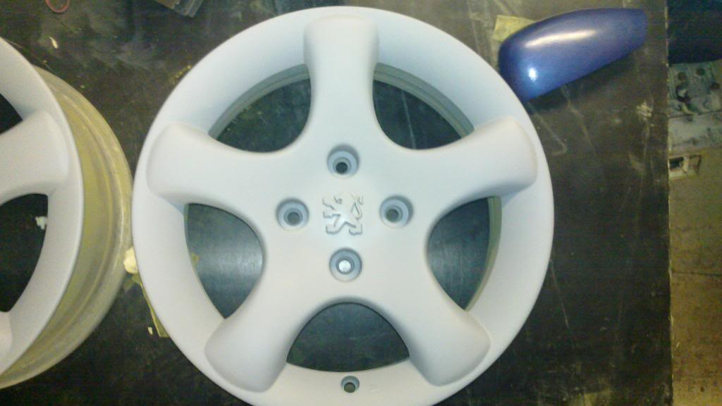 Guide: DIY Alloy Wheel Refurbishment 20110120_002