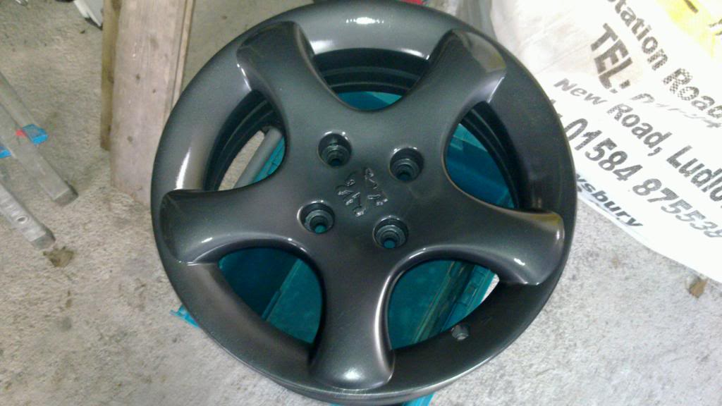 Guide: DIY Alloy Wheel Refurbishment 20110128_006