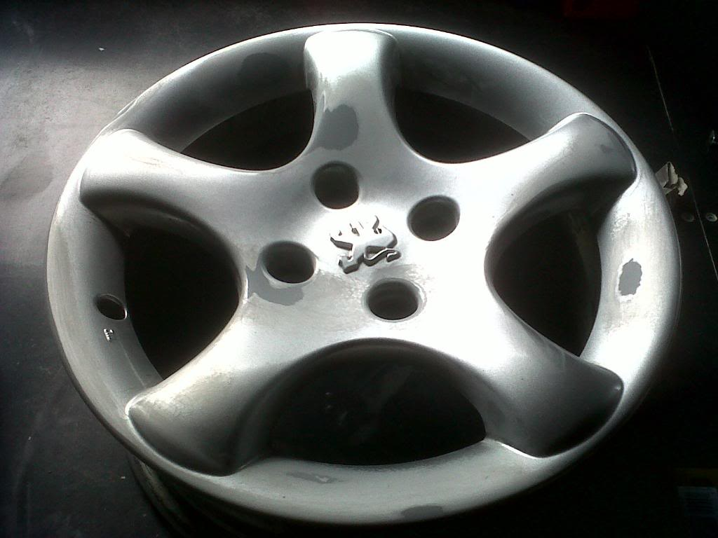 Guide: DIY Alloy Wheel Refurbishment IMG00078-20100328-1637