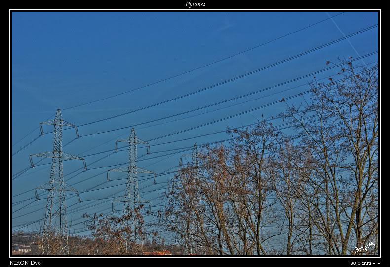 Pylones.... DSC_9609_8_tonemapped-border