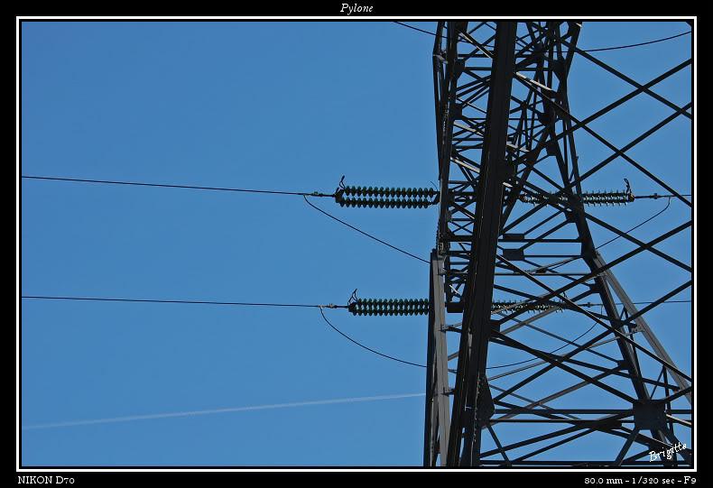 Pylones.... DSC_9623a-border