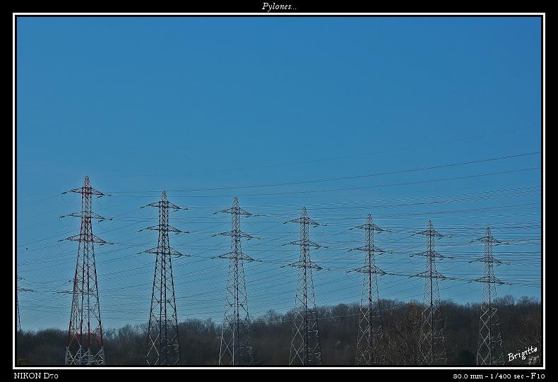 Pylones.... DSC_9626a-border