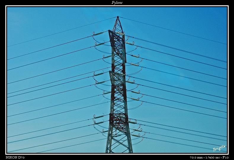 Pylones.... DSC_9631a-border