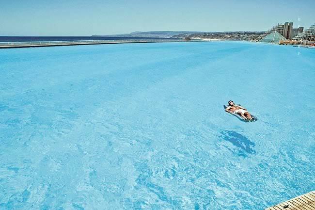 """สระ ว่ายน้ำ"""" ที่ใหญ่ที่สุดในโลก ติดชายหาดสวยๆ !! Image008"""