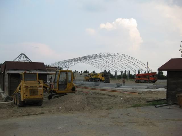Construction d'un complexe de 12000m² dédié aux Rc en Italie Img4268q