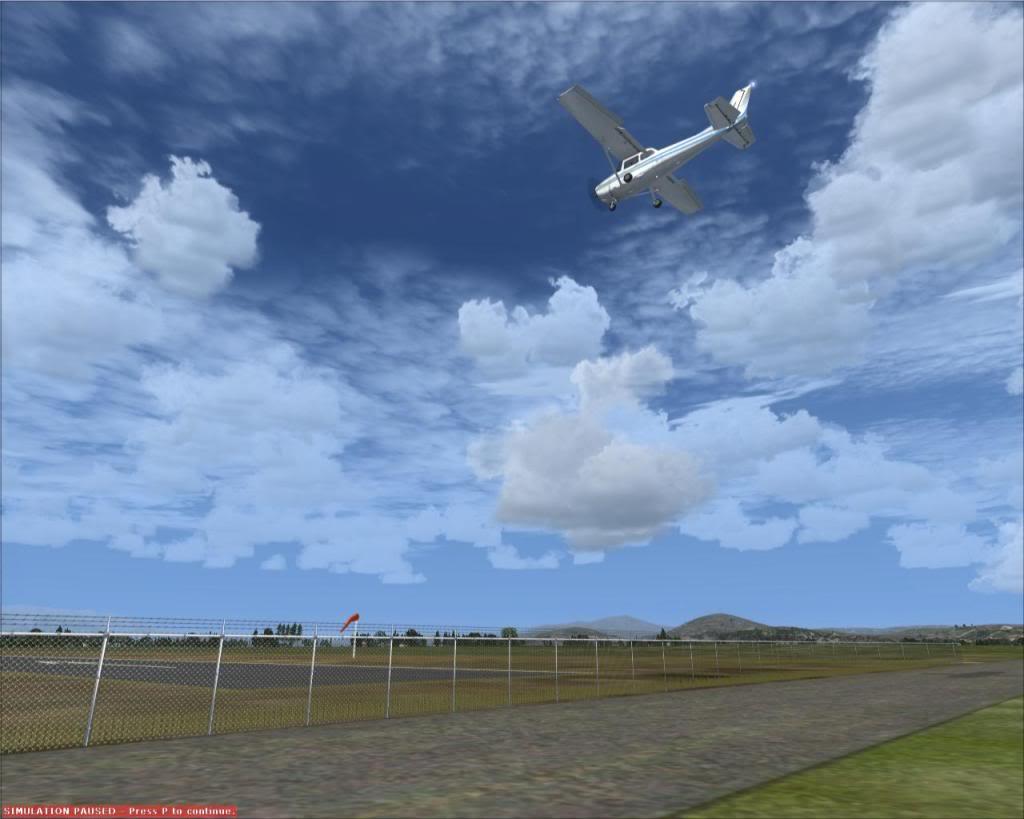 IKAROS airport AIlandingatRW27-1