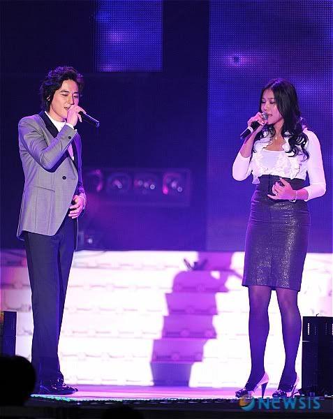 LeeJeeHoon sang in Seoul Hallyu Festival 24/10/08 NISI20081024_0000187688_web