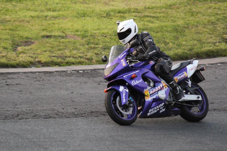For Sale Yamaha Thundercat Yzf 600 R Cadburys Boost 267231_10151406379679606_1596988578_n_zpsa743ccd9
