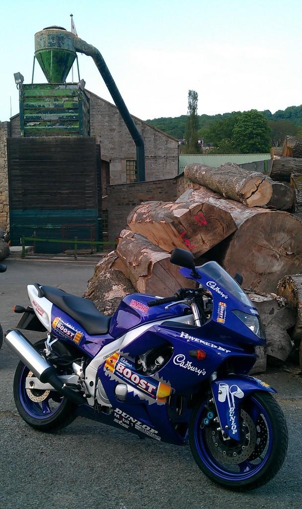 For Sale Yamaha Thundercat Yzf 600 R Cadburys Boost IMAG0276