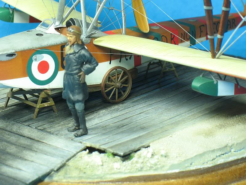Petit diorama et figurine, Macchi M5 1/48 Photo021-1