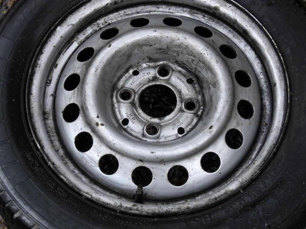 14 x 5.5 et 35 4 x100 steel wheels CIMG0176