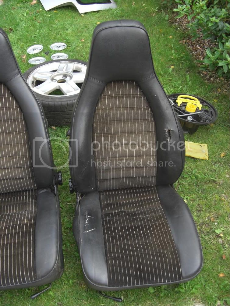 porsche seats CIMG1431