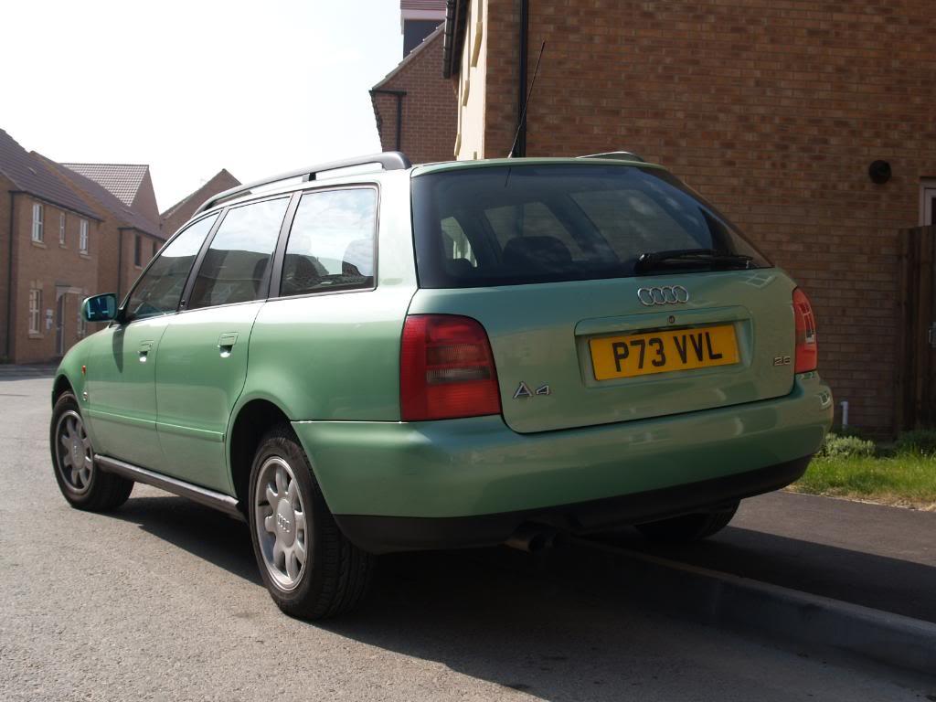 its green its big and its v-six  P4234372