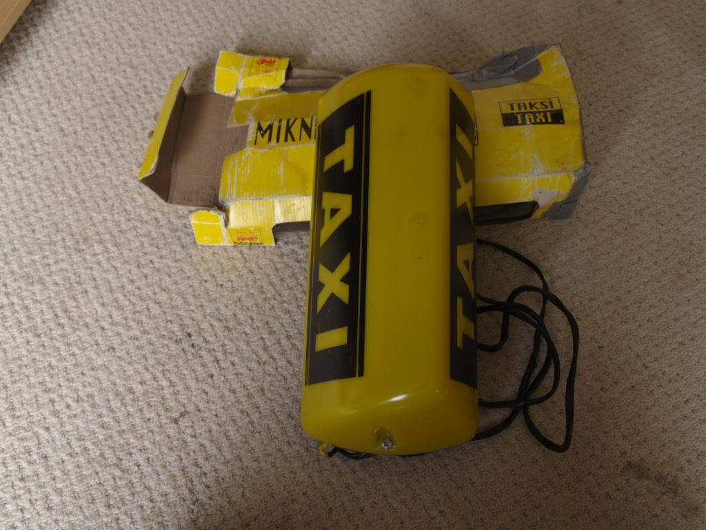 taxi sign  P9084036