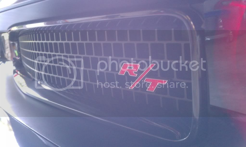 Black chromed grill surround IMAG0175