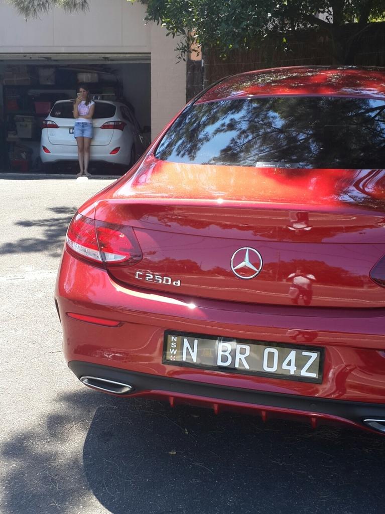 (C205): Mercedes-Benz apresenta nova geração do Classe C Coupé no Brasil 20170216_144752