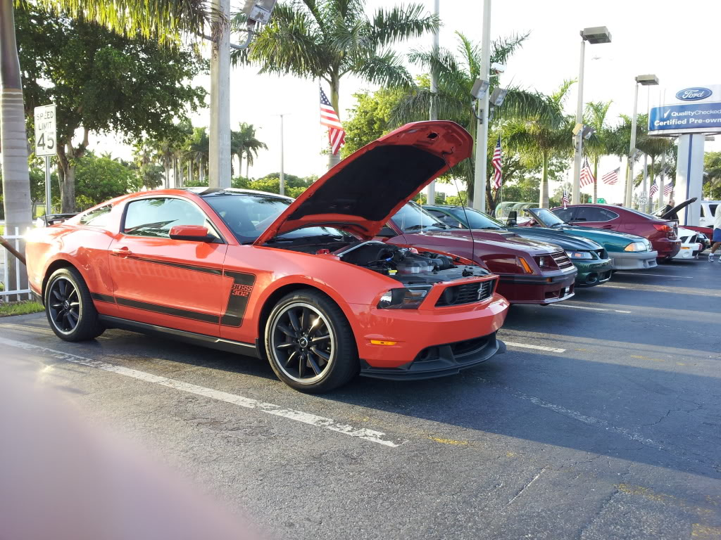Tribute to Carroll Shelby event @ Gus Machado Ford of Kendall 5-30-2012 20120530_190326