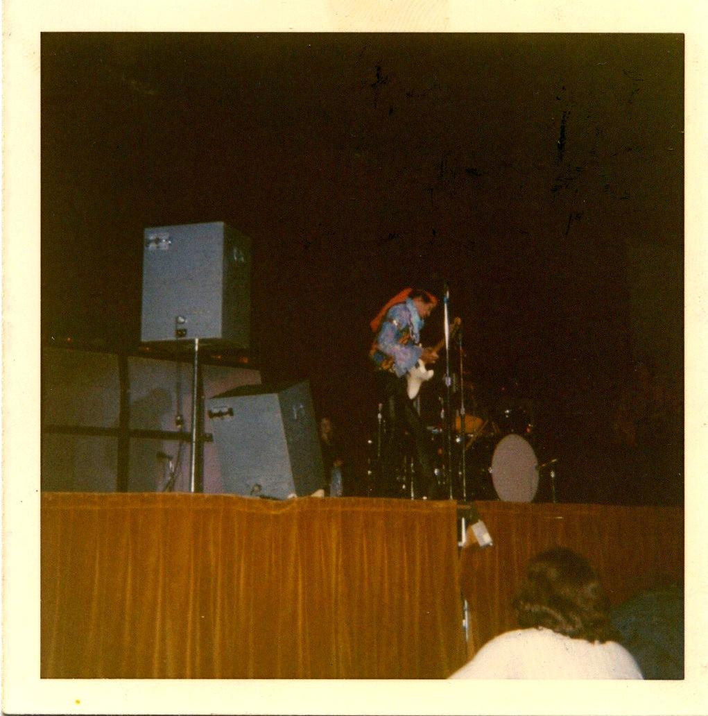 Madison (Dane County Memorial Coliseum) : 2 mai 1970   Eb33aaaaeac63995a8422b7c0941116d