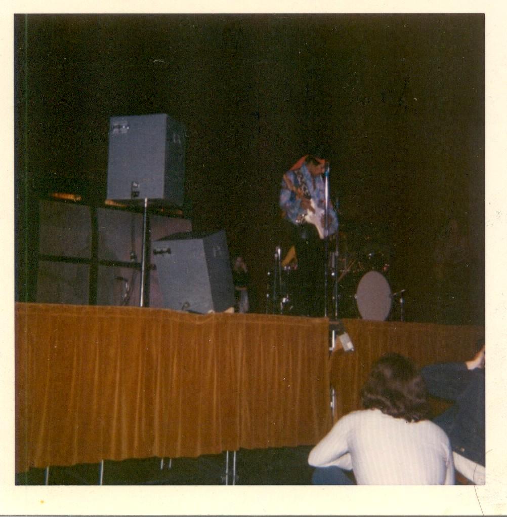 Madison (Dane County Memorial Coliseum) : 2 mai 1970   08f409971551ae9e18740215f59c6c84