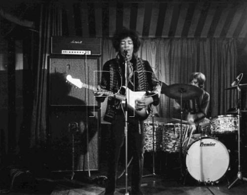 """""""Beat Club"""" (The Marquee) Londres pour la télé allemande : 2 mars 1967  0017c30ccc6e626b82ff2db5ed458111"""