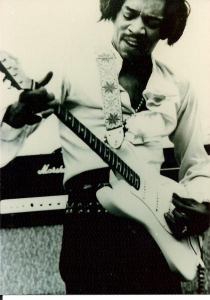 Miami (Miami Pop Festival) : 18 mai 1968 [Premier concert] E5b5bf96bce0fbeff3fcf7c6ab444b9d