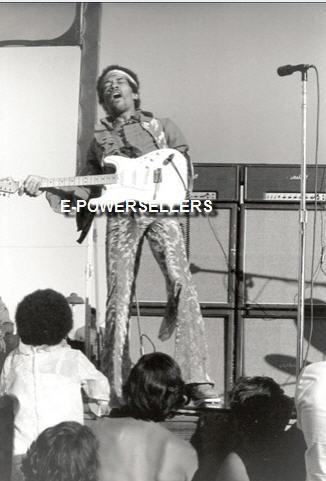 San José (Santa Clara County Fairgrounds) : 25 mai 1969 65e578013b82cf7cc35e7ccf6e686fc9