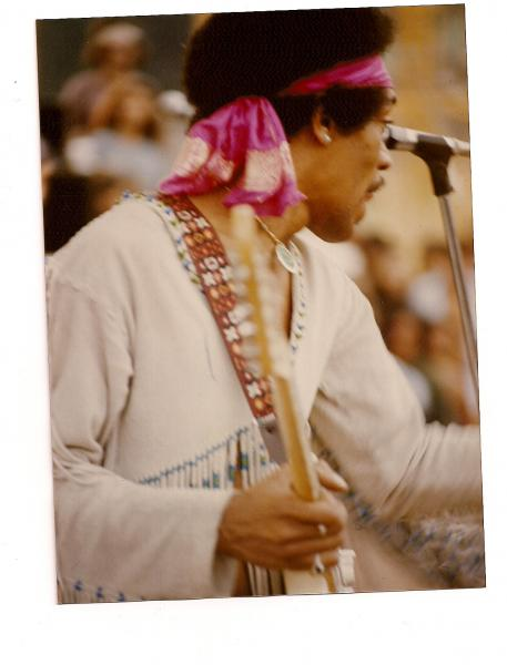 Live At Woodstock (1999) - Page 2 Effa021f4cee15a41ea7fdb1acb05d17