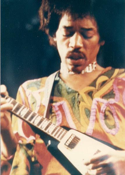 Blue Wild Angel: Jimi Hendrix Live At The Isle Of Wight (2002) - Page 2 362c8065c45dd434f812df4684ab5a78