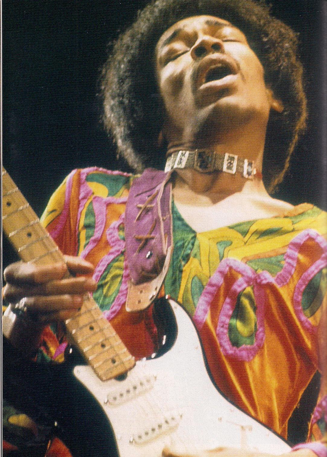 Blue Wild Angel: Jimi Hendrix Live At The Isle Of Wight (2002) - Page 2 682f949ad47e7bf3310dfa0760f578c5