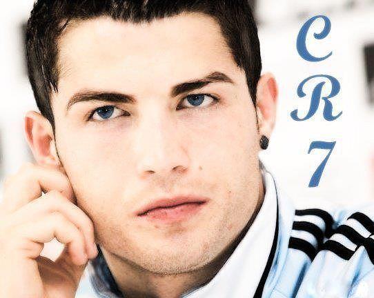 Cristiano Ronaldo A4f7ebd9d8e38cfa75672c0e3f918661