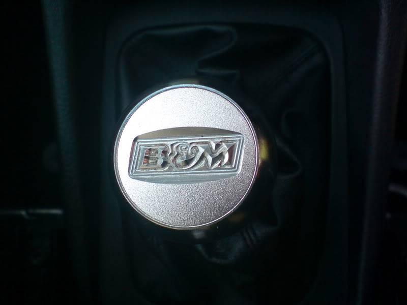 bits inside car DSC01081