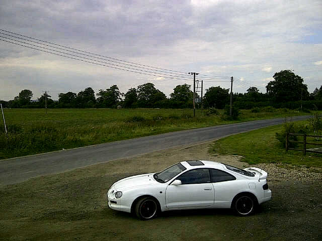 LOZMACHINE SouthOxfordshire-20110702-00375
