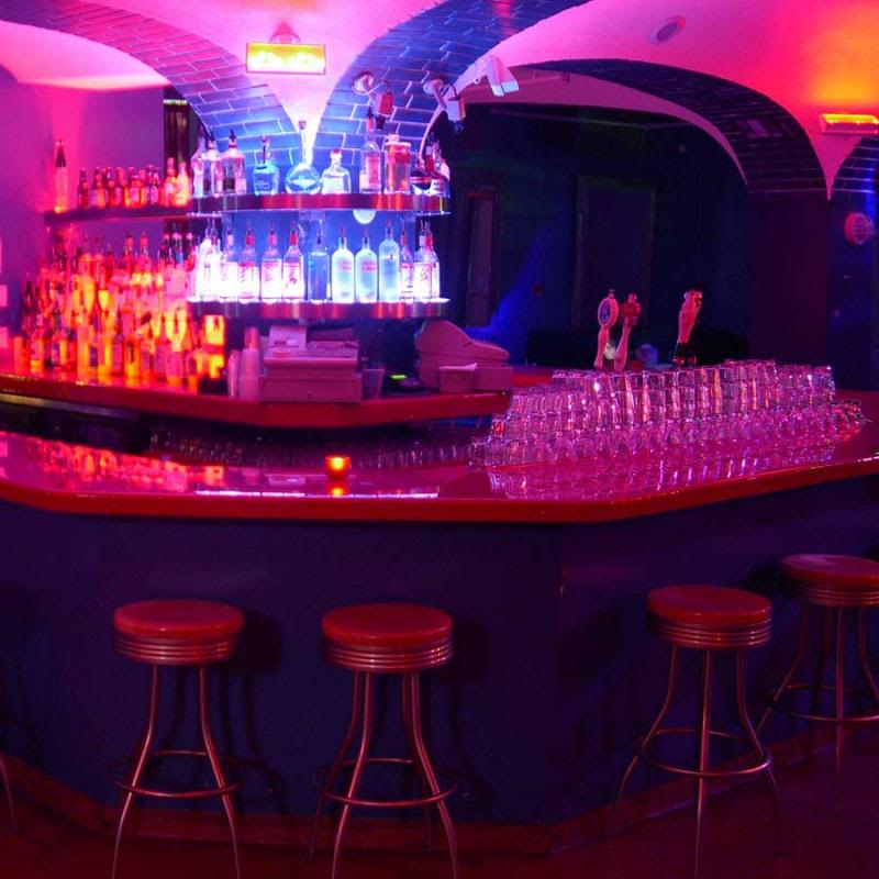 Welcome to the bar/grill and club Club_bar_zps42ccb77d