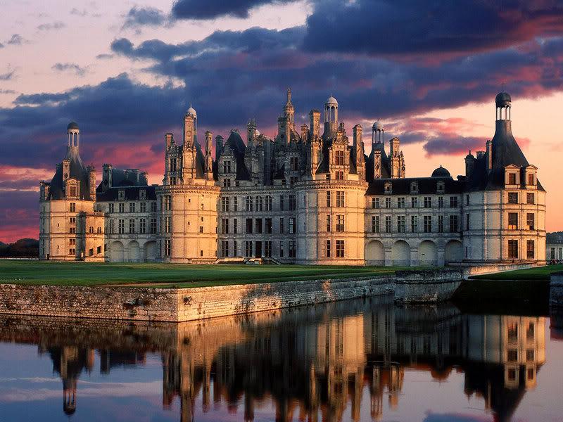 Zethic and Misty's house Chateau_de_Chambord_Castle_Loire_Va