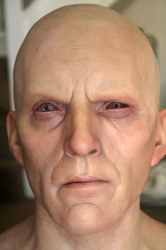 [Custom da Semana] General Zod - Life Size Bust - by RMFX.co.uk IMG_5013