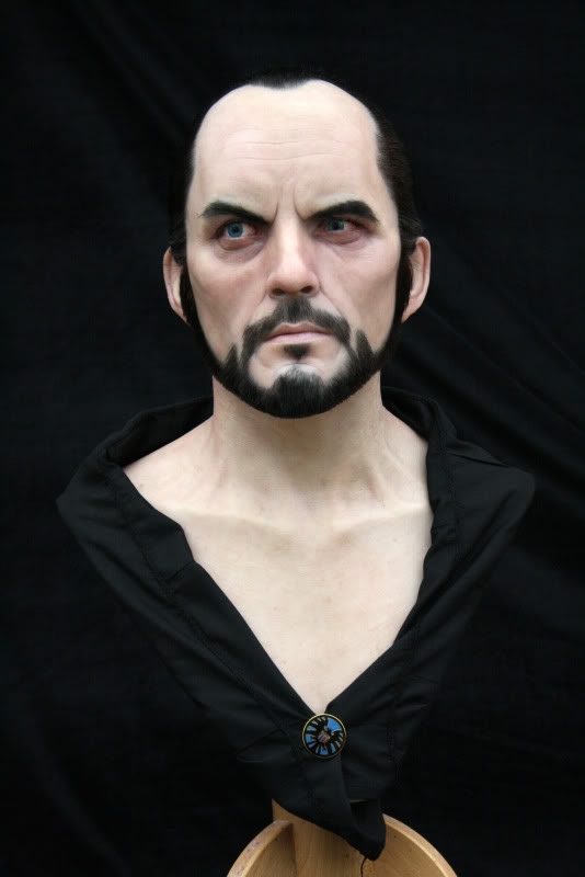 [Custom da Semana] General Zod - Life Size Bust - by RMFX.co.uk IMG_5118