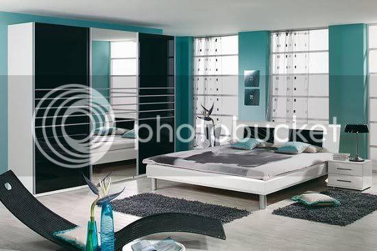 Apartment 13G MATERAhochglanzschwarz3