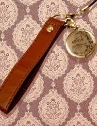 [Article] What's in alan's Bag Item_12