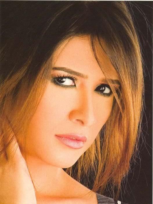 تم اضافه الجزء الثانى من صور الفنانه ياسمين عبدالعزيز Yasmine4