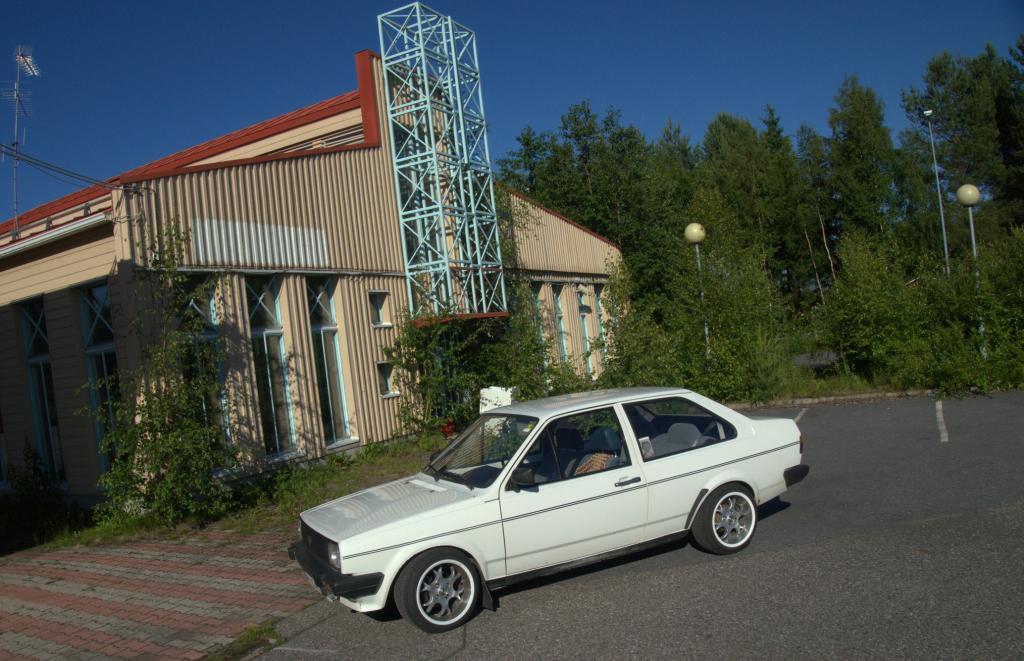 Kuvia foorumilaisten autoista - Sivu 31 Shell2_zps79b08665