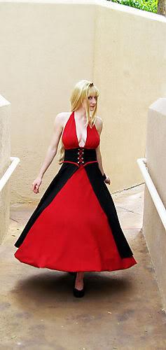 cosplay de rose bernstein 6a00d09e4cb8a9be2b00d4142c5f6d6a47-