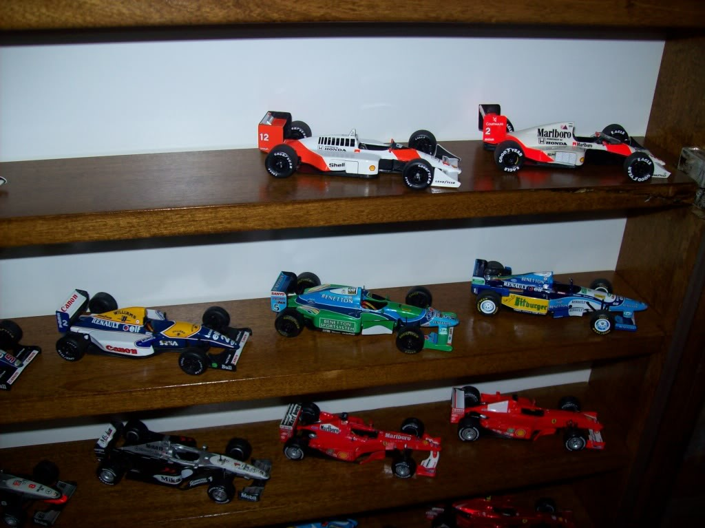Extrayendo pilotos de réplicas F1 escala 1/43 - Página 4 2012195