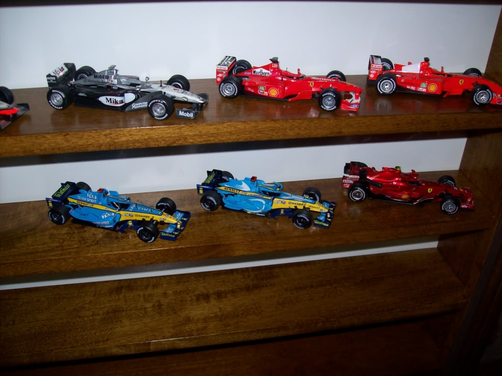 Extrayendo pilotos de réplicas F1 escala 1/43 - Página 4 2012200
