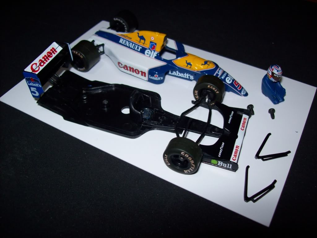 Extrayendo pilotos de réplicas F1 escala 1/43 - Página 3 Mod02