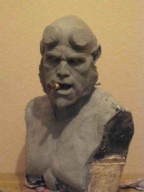 Hellboy buste 1/1 pour swisscollectors.ch  (peinture finale page 6) 01
