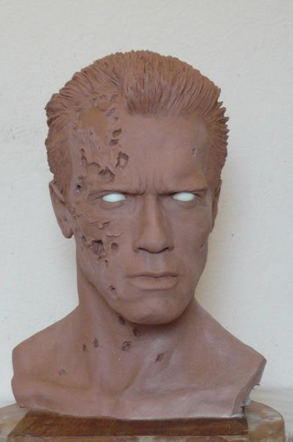 Terminator 2 / Arnold Schwarzenegger   peinture finie Fini01