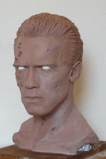 Terminator 2 / Arnold Schwarzenegger   peinture finie Fini02