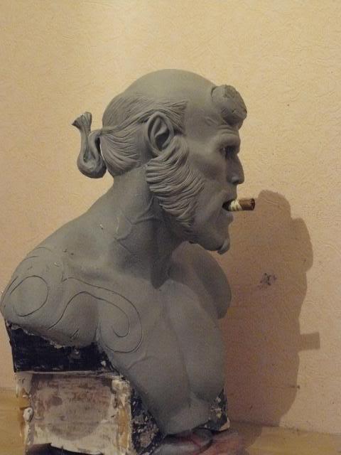 Hellboy buste 1/1 pour swisscollectors.ch  (peinture finale page 6) - Page 3 Paules01