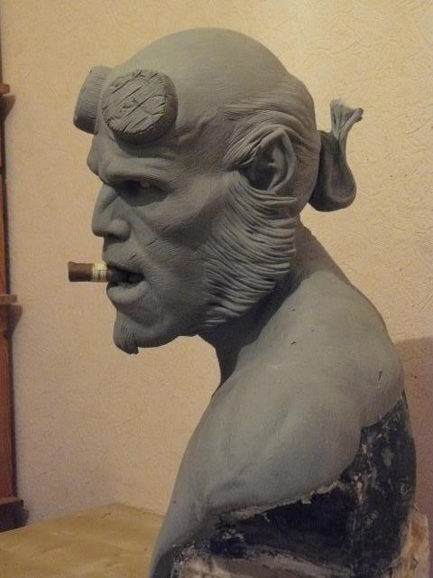 Hellboy buste 1/1 pour swisscollectors.ch  (peinture finale page 6) - Page 3 Paules04